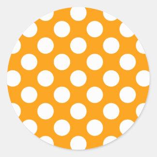 Lunares blancos cualquier cambio del color etiqueta redonda