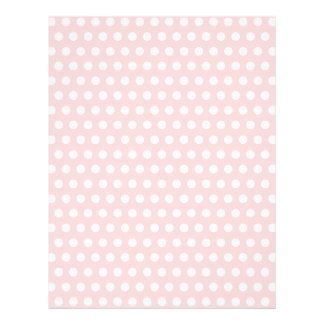 """Lunares blancos en pálido - rosa folleto 8.5"""" x 11"""""""