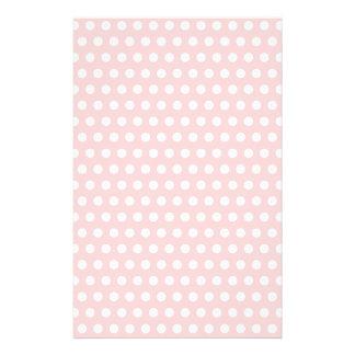 Lunares blancos en pálido - rosa papelería