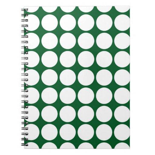 Lunares blancos en verde cuaderno