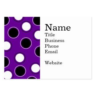 Lunares blancos y negros en círculos púrpuras tarjetas de visita grandes