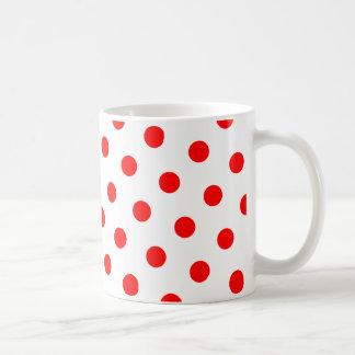 Lunares blancos y rojos taza básica blanca