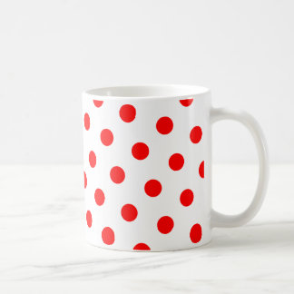 Lunares blancos y rojos taza clásica