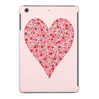 Lunares carmesís de la forma del corazón en rosa fundas de iPad mini