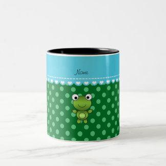 Lunares conocidos de encargo del verde de la rana taza dos tonos