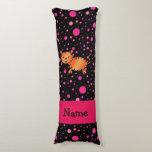 Lunares conocidos personalizados del rosa del almohada larga