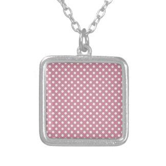 Lunares - cordón rosado en Puce Joyerias Personalizadas