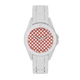 Lunares de color salmón oscuros reloj de mano