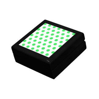 Lunares de la verde menta cajas de recuerdo