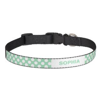 Lunares de la verde menta y del blanco con nombre  collar para perro