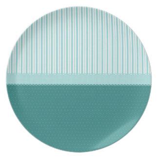 Lunares de las rayas de azules turquesas del trull platos