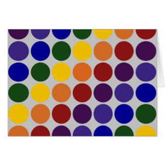 Lunares del arco iris en gris tarjeta de felicitación