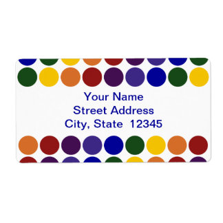 Lunares del arco iris en la etiqueta de envío