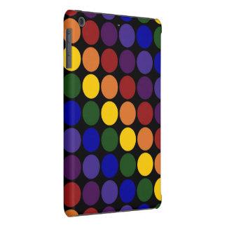 Lunares del arco iris en negro funda de iPad mini