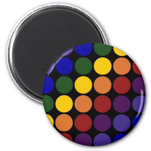 Lunares del arco iris en negro imán redondo 5 cm