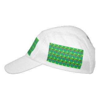 Lunares del arco iris en verde claro gorra de alto rendimiento