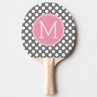 Lunares del rosa en colores pastel y del gris con pala de tenis de mesa