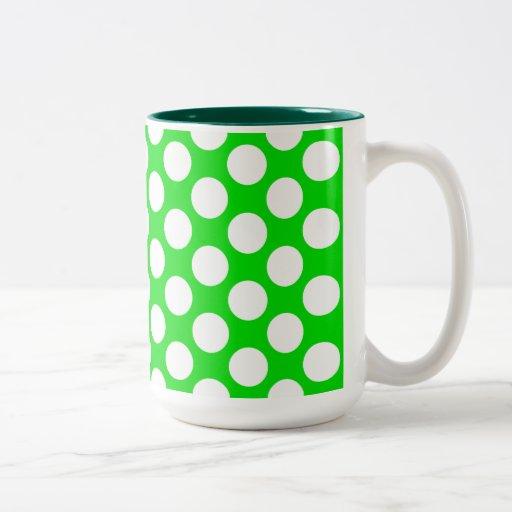 Lunares en verde taza