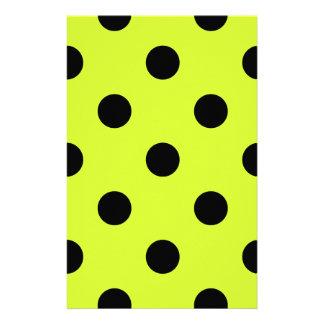 Lunares enormes - negro en amarillo fluorescente  papeleria de diseño