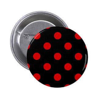 Lunares enormes - Rosso Corsa en negro Pin Redondo De 2 Pulgadas