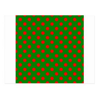 Lunares grandes - rojo en verde postales