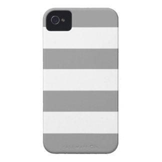 Lunares grises polvorientos funda para iPhone 4 de Case-Mate