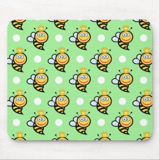 Lunares lindos de la abeja reina, verdes claros y alfombrilla de ratón