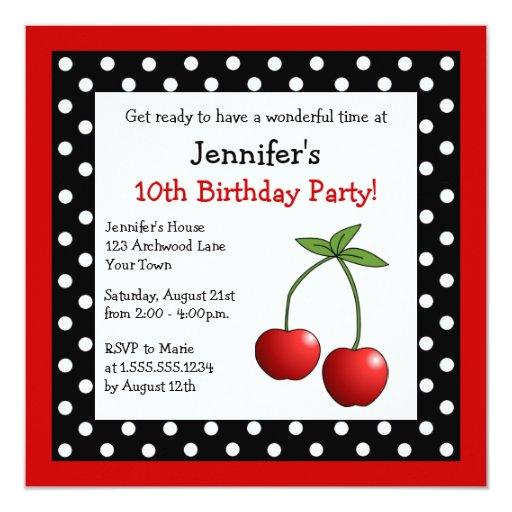 """Lunares negros y blancos del cumpleaños rojo de invitación 5.25"""" x 5.25"""""""