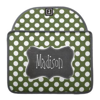 Lunares oscuros del verde de musgo funda para macbook pro