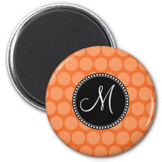 Lunares personalizados del naranja de la inicial d imanes para frigoríficos