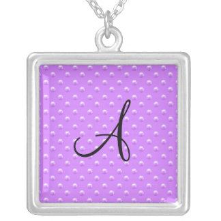 Lunares púrpuras en colores pastel de la perla del pendientes