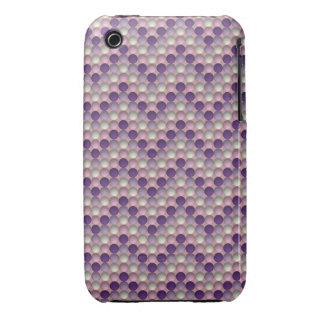 Lunares púrpuras en modelo de zigzag funda bareyly there para iPhone 3 de Case-Mate