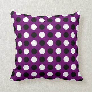 Lunares púrpuras oscuros almohada