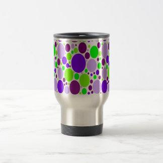 Lunares púrpuras y verdes taza térmica