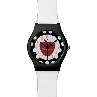 Lunares + Reloj rojo del profesor de Apple