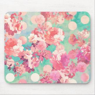 Lunares retros rosados románticos del trullo del e tapete de raton