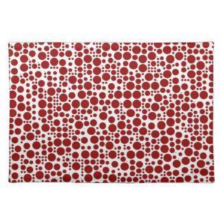 Lunares rojos en el fondo blanco mantel individual