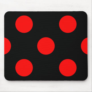 Lunares rojos en Mousepad negro