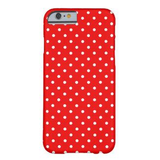 Lunares rojos y blancos funda de iPhone 6 barely there