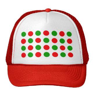 Lunares rojos y verdes gorras