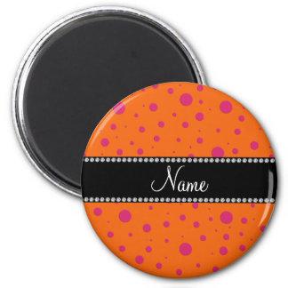 Lunares rosados anaranjados conocidos imán redondo 5 cm