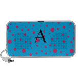 Lunares rosados azules del monograma laptop altavoz