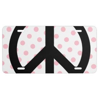 Lunares rosados con símbolo de paz negro placa de matrícula