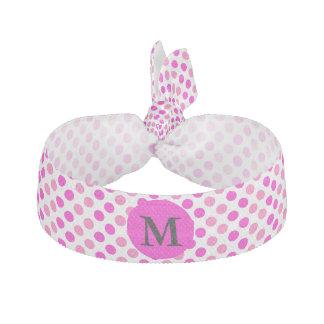 Lunares rosados cones monograma elástico para el pelo