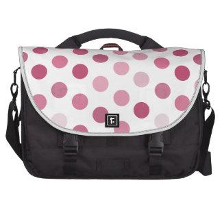 Lunares rosados del tono bolsas de portatil