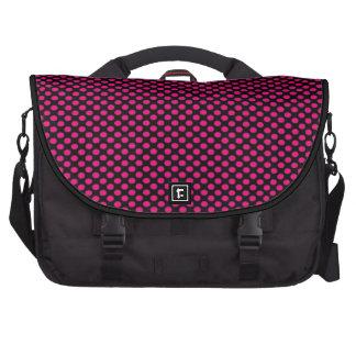 Lunares rosados en negro bolsa de ordenador