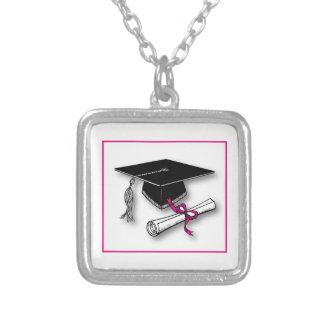 Lunares rosados gorra, diploma de la graduación pendiente personalizado