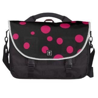Lunares rosados rojos calientes negros de w adapta bolsas para portátil