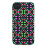 lunares rosados verdes coloridos Case-Mate iPhone 4 protectores