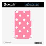 Lunares rosados y blancos calcomanía para iPod touch 4G
